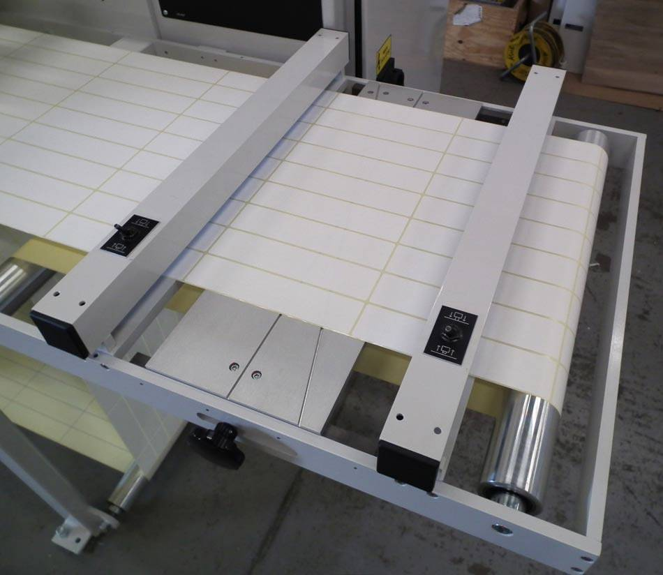 Unwind Splice Table For Ease Of Roll Joining